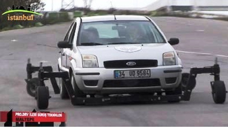 Güvenli ileri sürüş teknikleri
